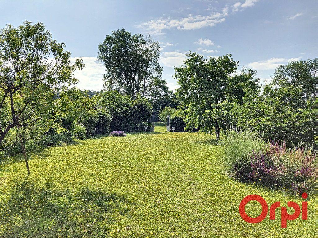 Maison à vendre 7 139.3m2 à Orval vignette-2