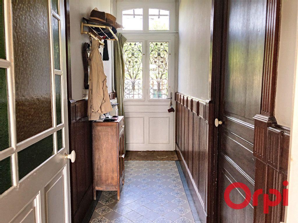 Maison à vendre 7 139.3m2 à Orval vignette-4