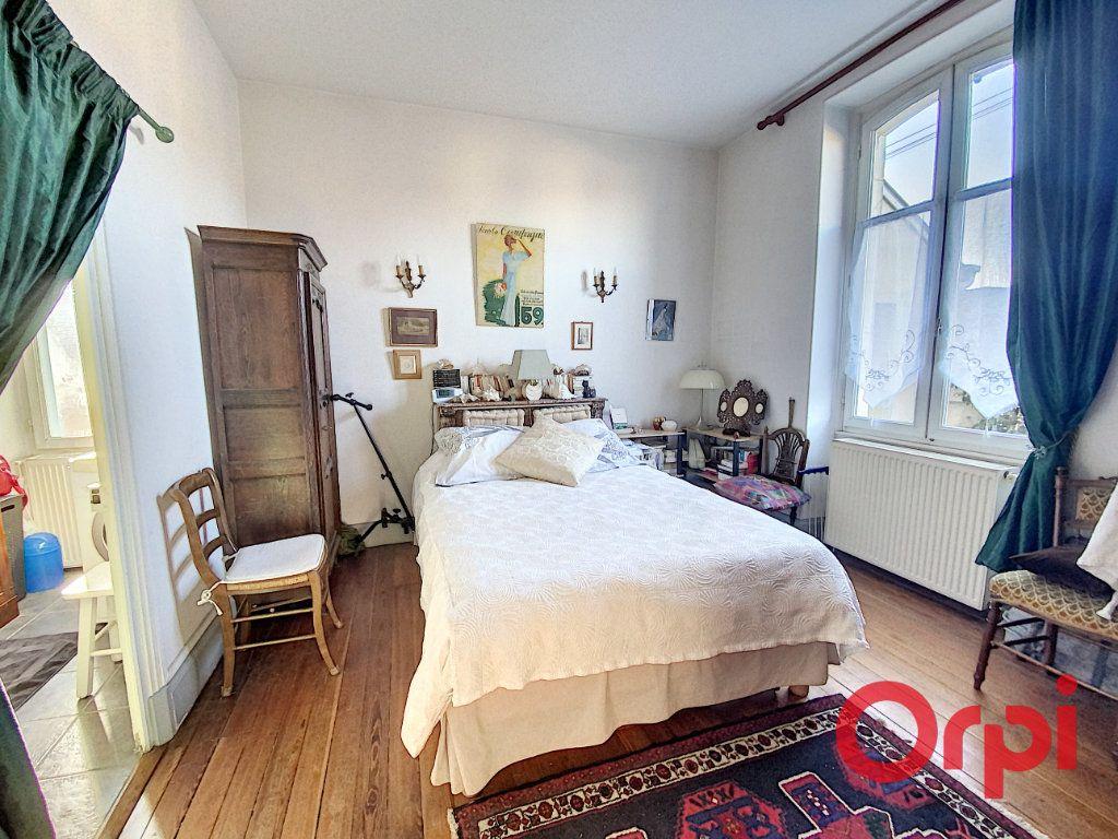 Maison à vendre 7 139.3m2 à Orval vignette-8