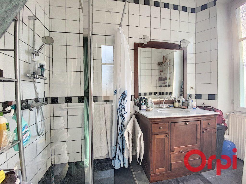 Maison à vendre 7 139.3m2 à Orval vignette-9