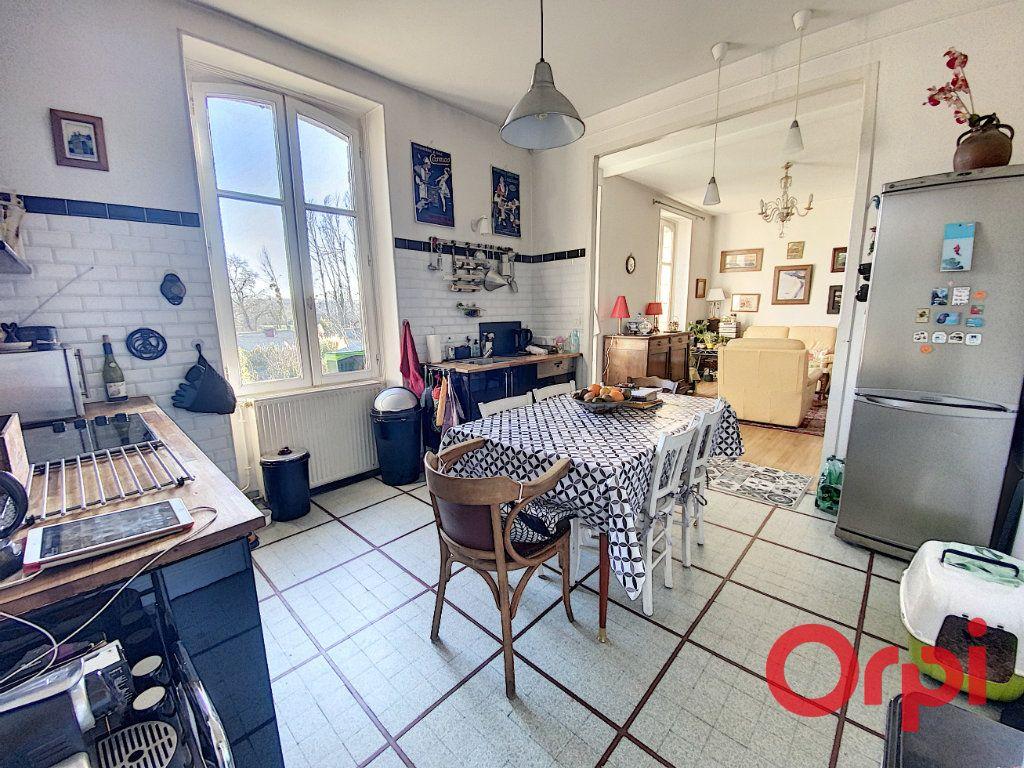 Maison à vendre 7 139.3m2 à Orval vignette-10