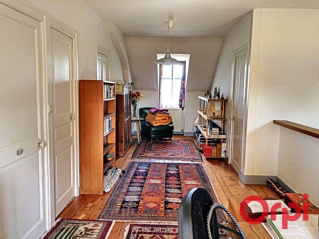 Maison à vendre 7 139.3m2 à Orval vignette-11