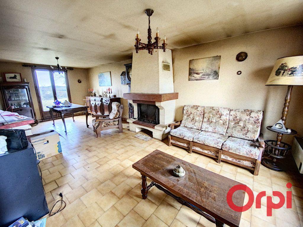 Maison à vendre 4 83m2 à La Celle-Condé vignette-2