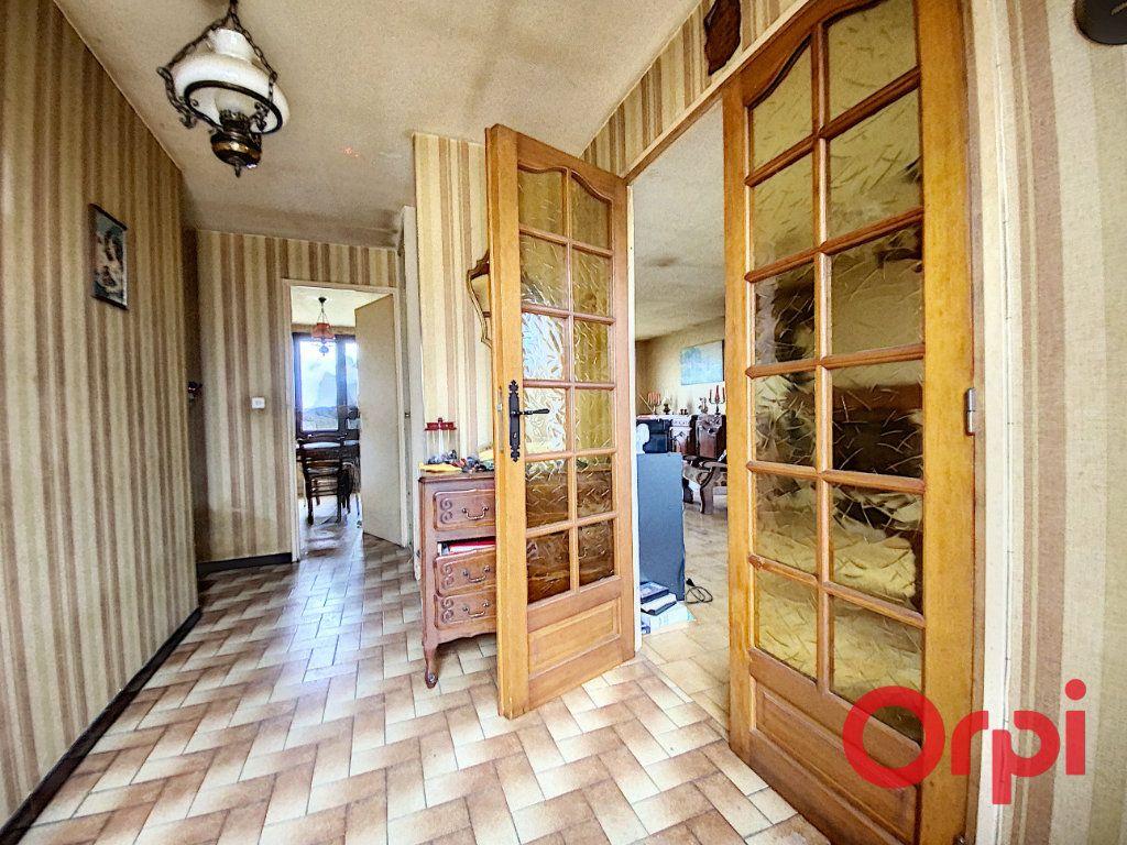 Maison à vendre 4 83m2 à La Celle-Condé vignette-3