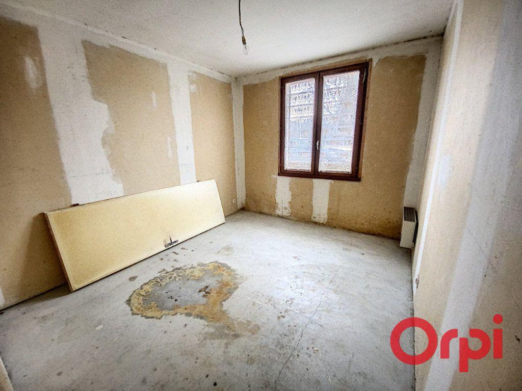 Maison à vendre 4 83m2 à La Celle-Condé vignette-6