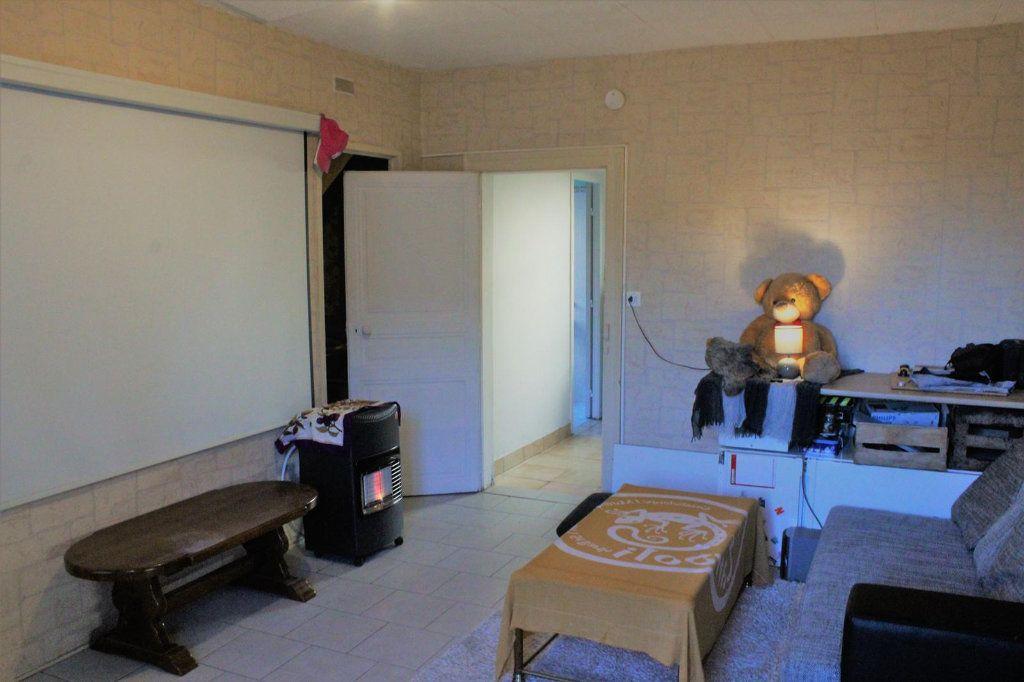 Maison à vendre 6 101m2 à Châteaumeillant vignette-10