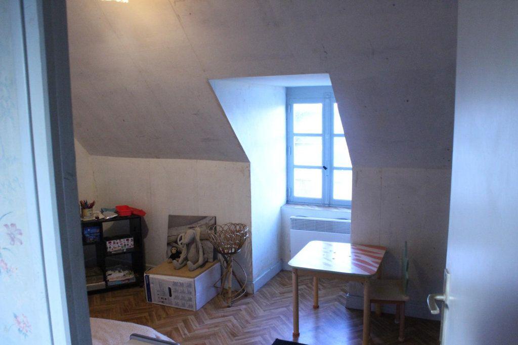 Maison à vendre 6 101m2 à Châteaumeillant vignette-12