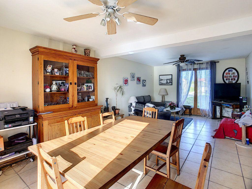 Maison à vendre 5 158.21m2 à Dun-sur-Auron vignette-3