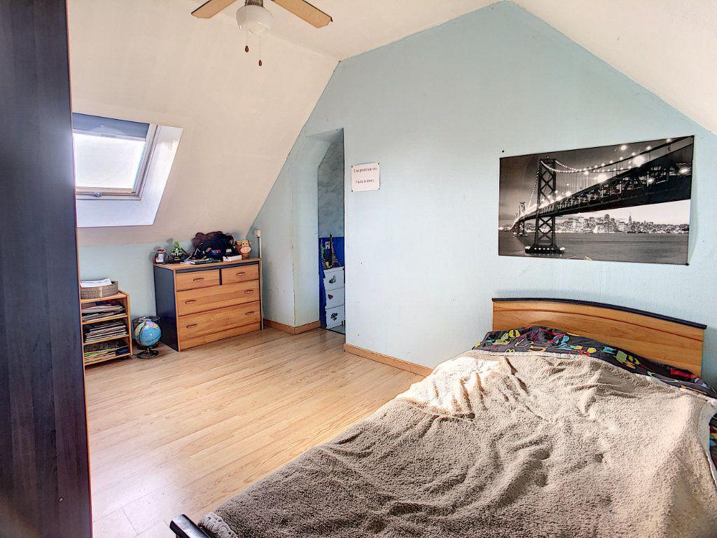 Maison à vendre 5 158.21m2 à Dun-sur-Auron vignette-9