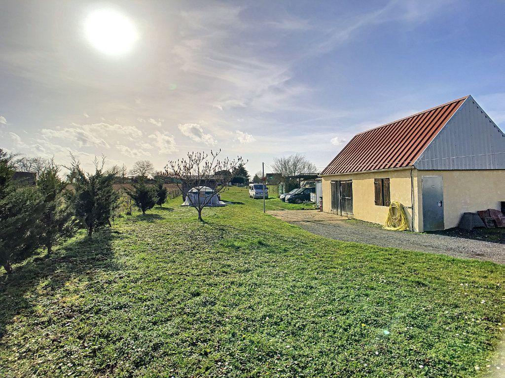 Maison à vendre 5 158.21m2 à Dun-sur-Auron vignette-10