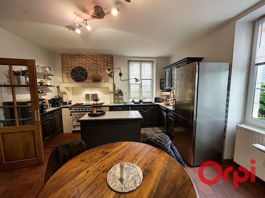 Maison à vendre 8 300m2 à Charenton-du-Cher vignette-2