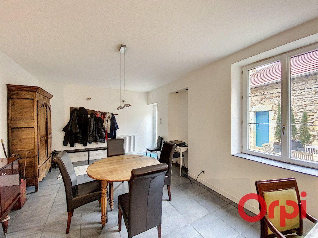 Maison à vendre 6 238m2 à Saint-Amand-Montrond vignette-7
