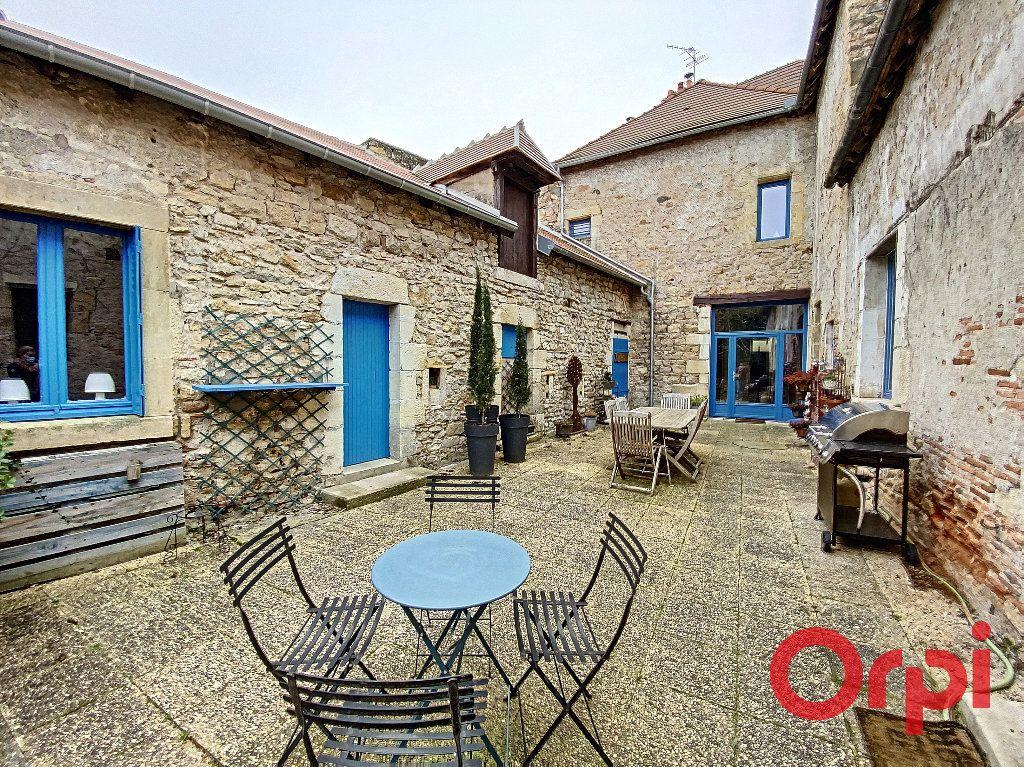 Maison à vendre 6 238m2 à Saint-Amand-Montrond vignette-15
