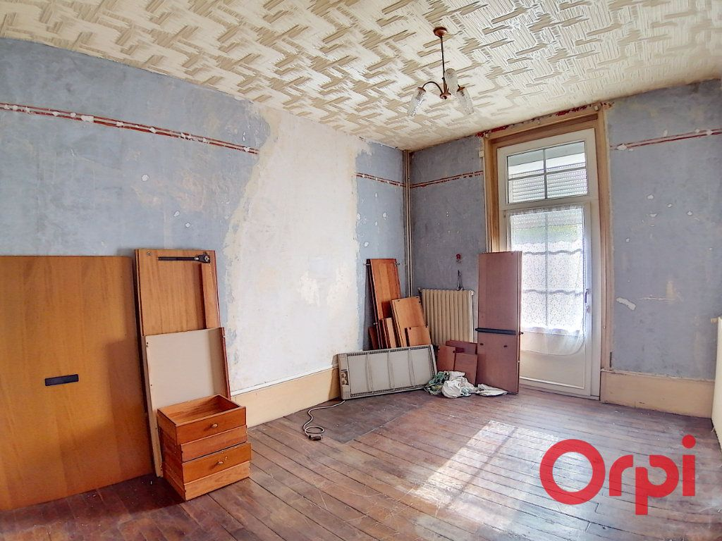 Maison à vendre 4 115.5m2 à Dun-sur-Auron vignette-2