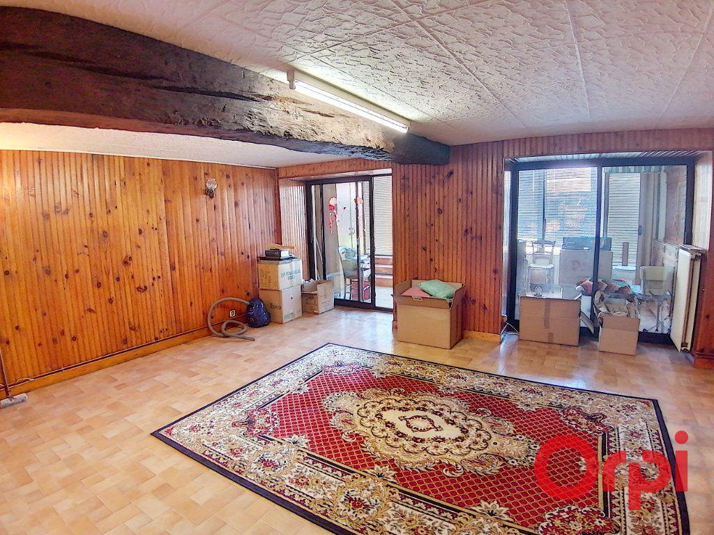 Maison à vendre 3 68.2m2 à Saint-Amand-Montrond vignette-5