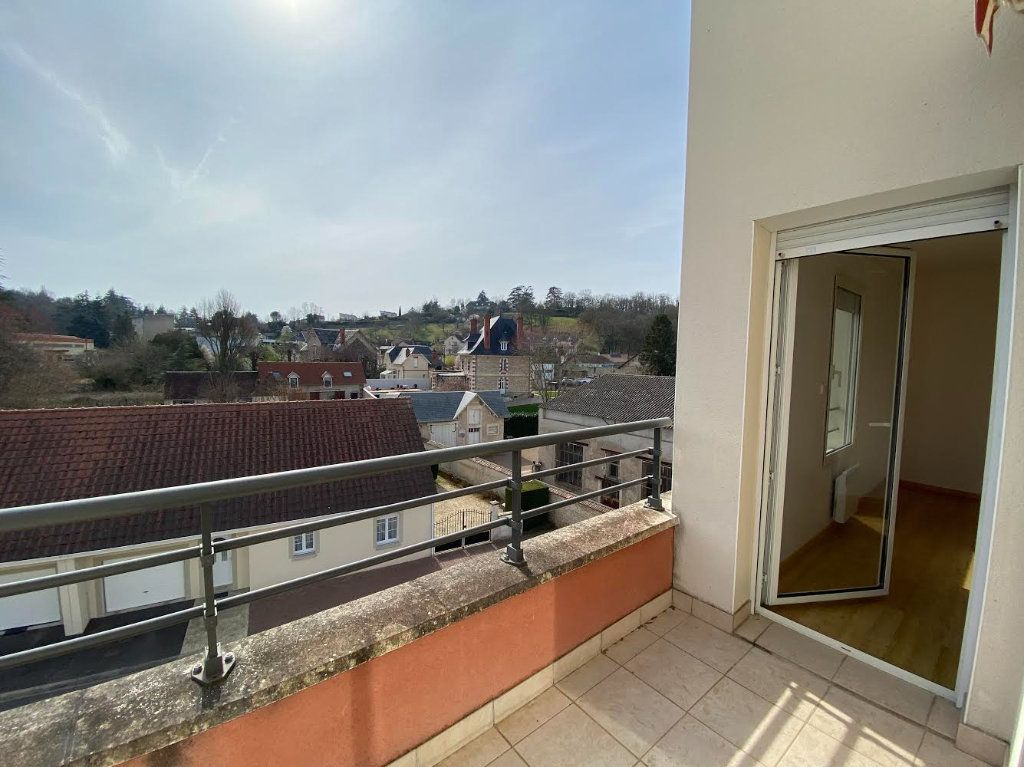 Appartement à vendre 3 70m2 à Saint-Amand-Montrond vignette-6