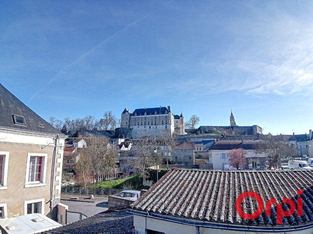 Maison à vendre 9 322m2 à Châteauneuf-sur-Cher vignette-5