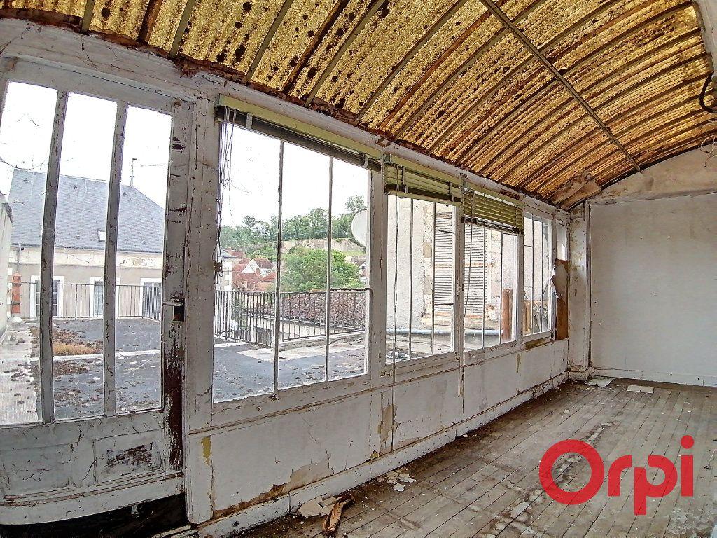 Maison à vendre 9 322m2 à Châteauneuf-sur-Cher vignette-7