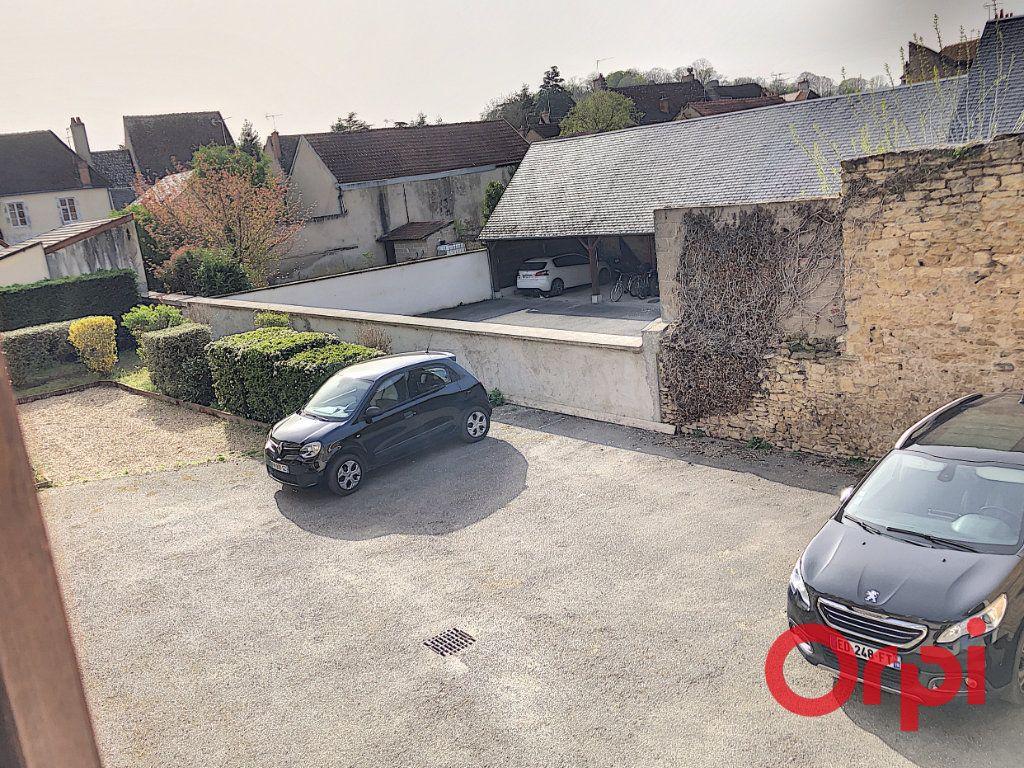 Appartement à vendre 3 76.02m2 à Saint-Amand-Montrond vignette-8