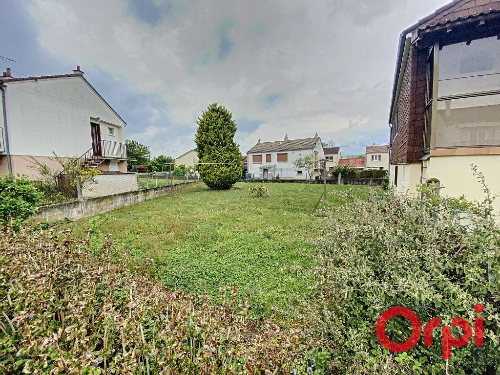 Maison à vendre 4 90m2 à Saint-Amand-Montrond vignette-7