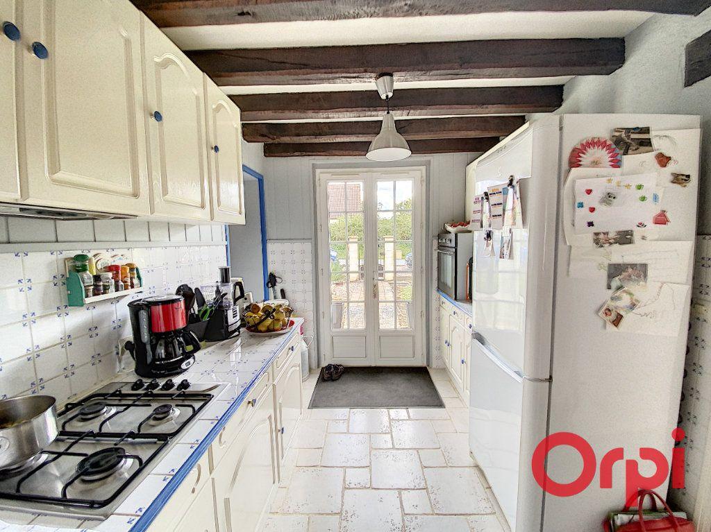 Maison à vendre 5 101m2 à Chalivoy-Milon vignette-2