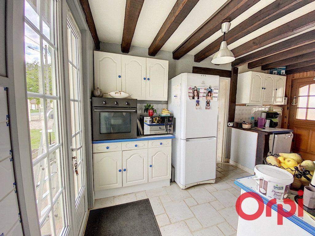 Maison à vendre 5 101m2 à Chalivoy-Milon vignette-3