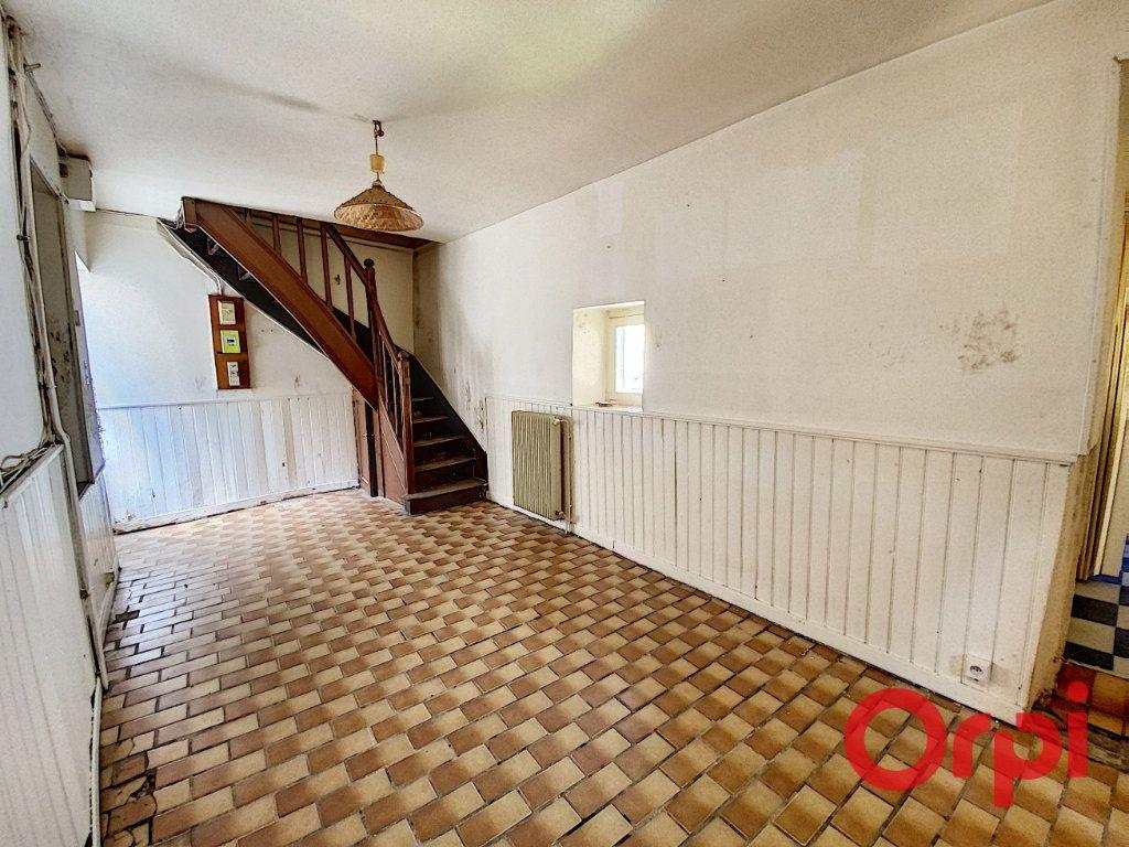 Maison à vendre 2 45m2 à Saint-Amand-Montrond vignette-3