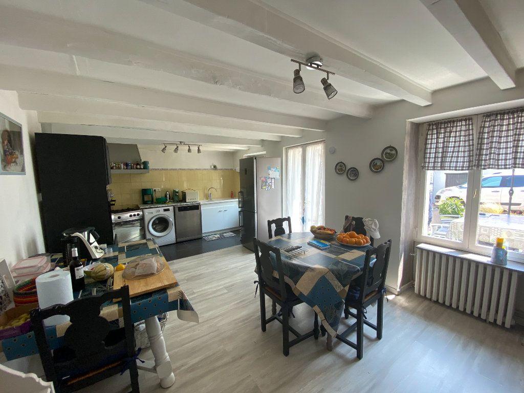 Maison à vendre 4 133m2 à Charenton-du-Cher vignette-3