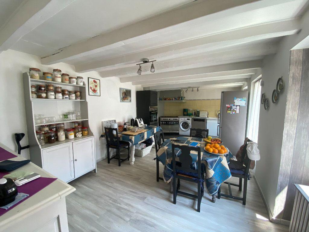Maison à vendre 4 133m2 à Charenton-du-Cher vignette-5