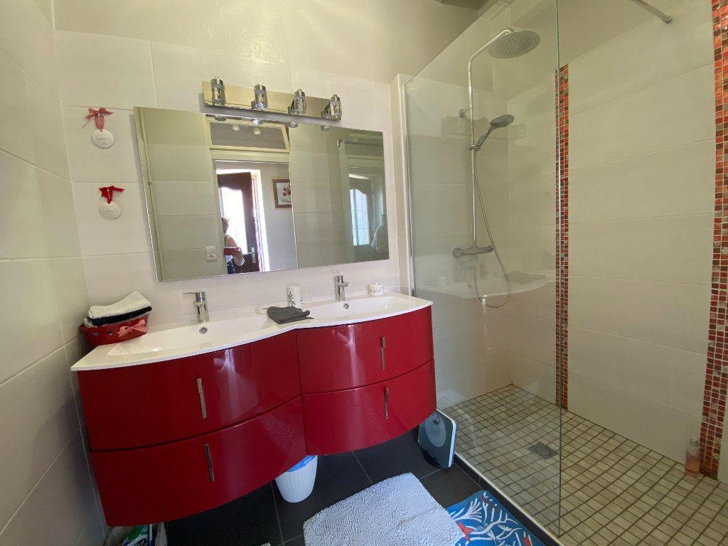Maison à vendre 4 133m2 à Charenton-du-Cher vignette-7