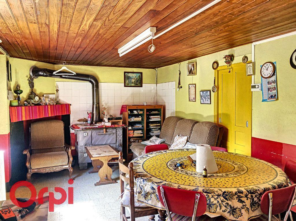 Maison à vendre 4 130.53m2 à Ainay-le-Château vignette-4