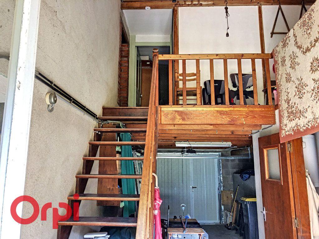 Maison à vendre 4 130.53m2 à Ainay-le-Château vignette-7