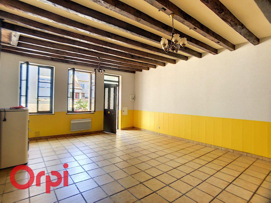 Maison à vendre 5 116m2 à Bessais-le-Fromental vignette-3