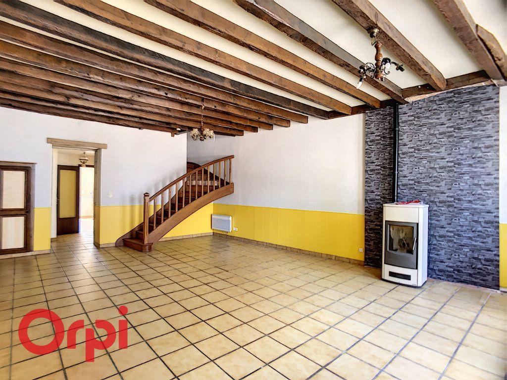 Maison à vendre 5 116m2 à Bessais-le-Fromental vignette-4