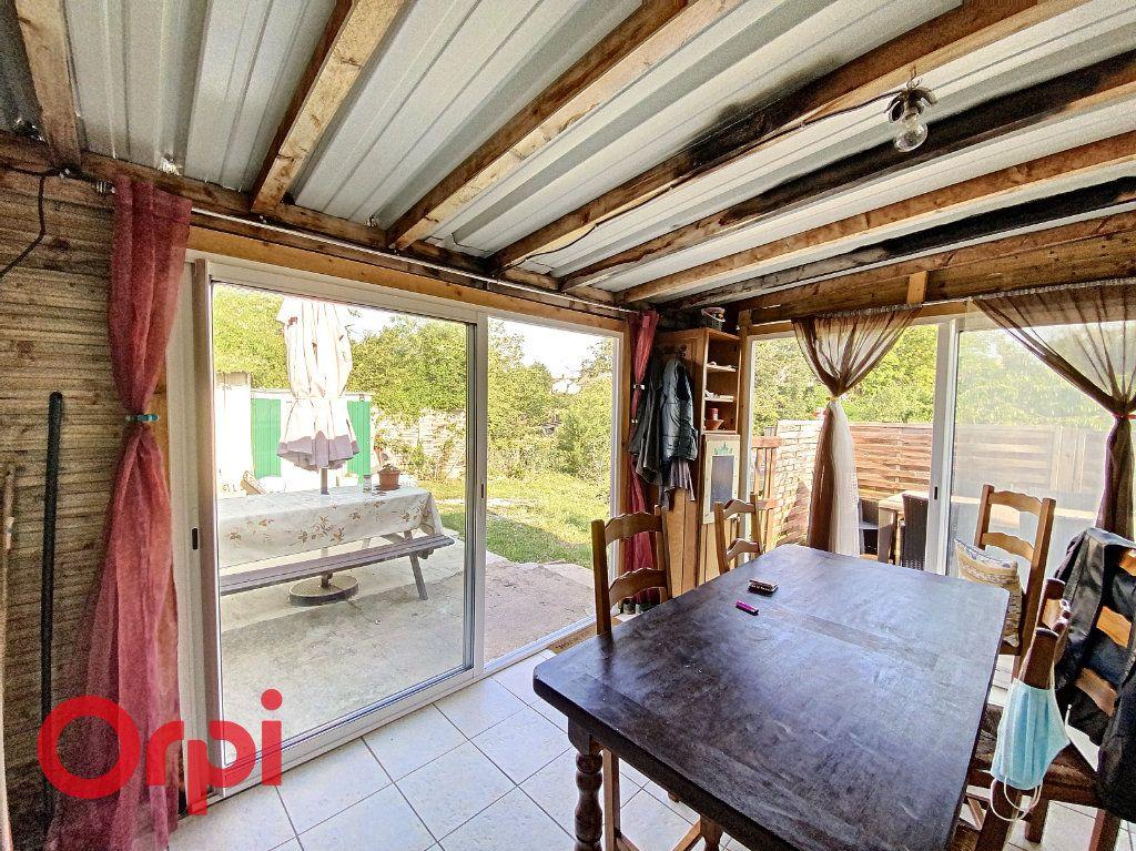 Maison à vendre 4 100m2 à Dun-sur-Auron vignette-4