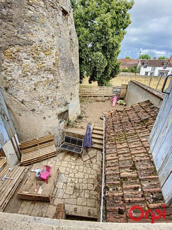 Maison à vendre 4 108.3m2 à Ainay-le-Château vignette-7