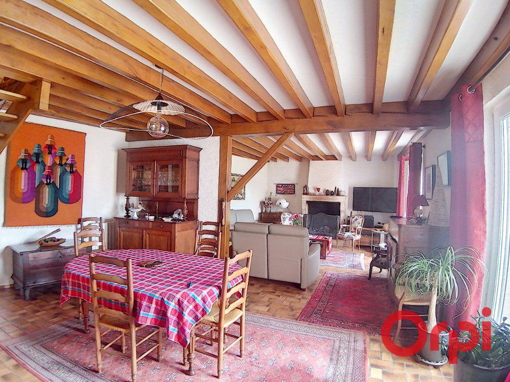 Maison à vendre 6 173m2 à Charenton-du-Cher vignette-2