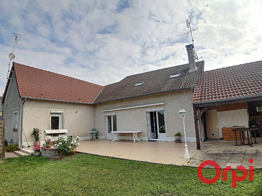 Maison à vendre 6 173m2 à Charenton-du-Cher vignette-11