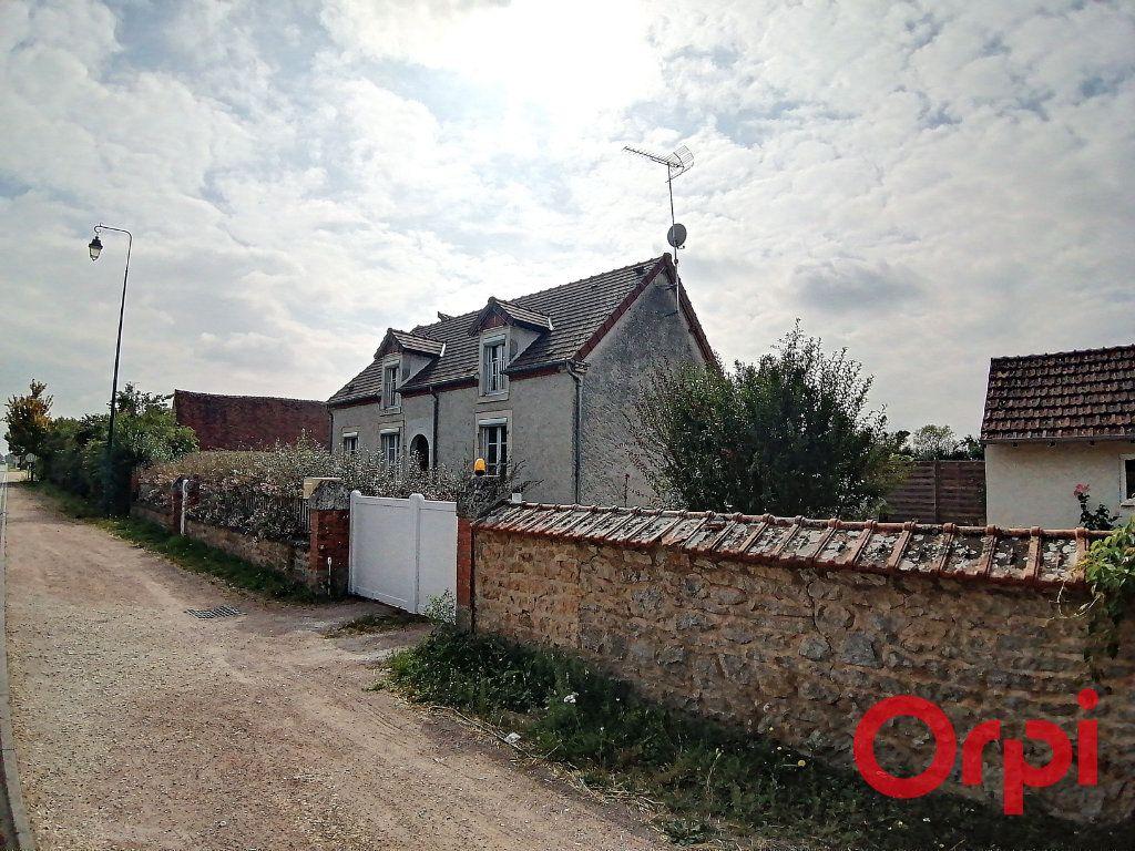 Maison à vendre 6 173m2 à Charenton-du-Cher vignette-12
