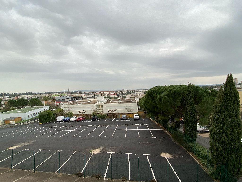Appartement à louer 1 25m2 à Montpellier vignette-4