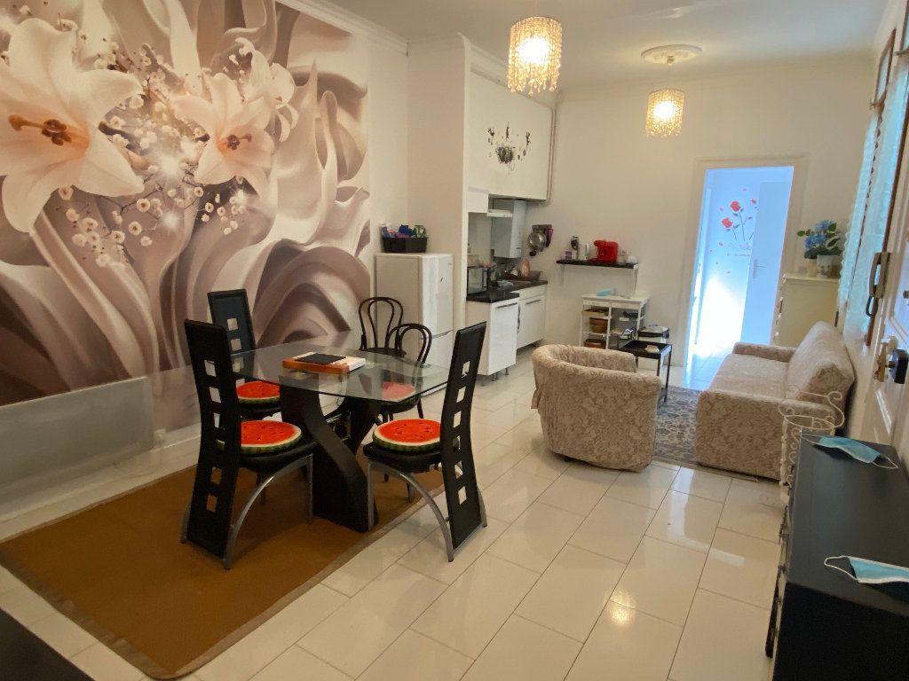 Appartement à louer 4 68m2 à Montpellier vignette-2