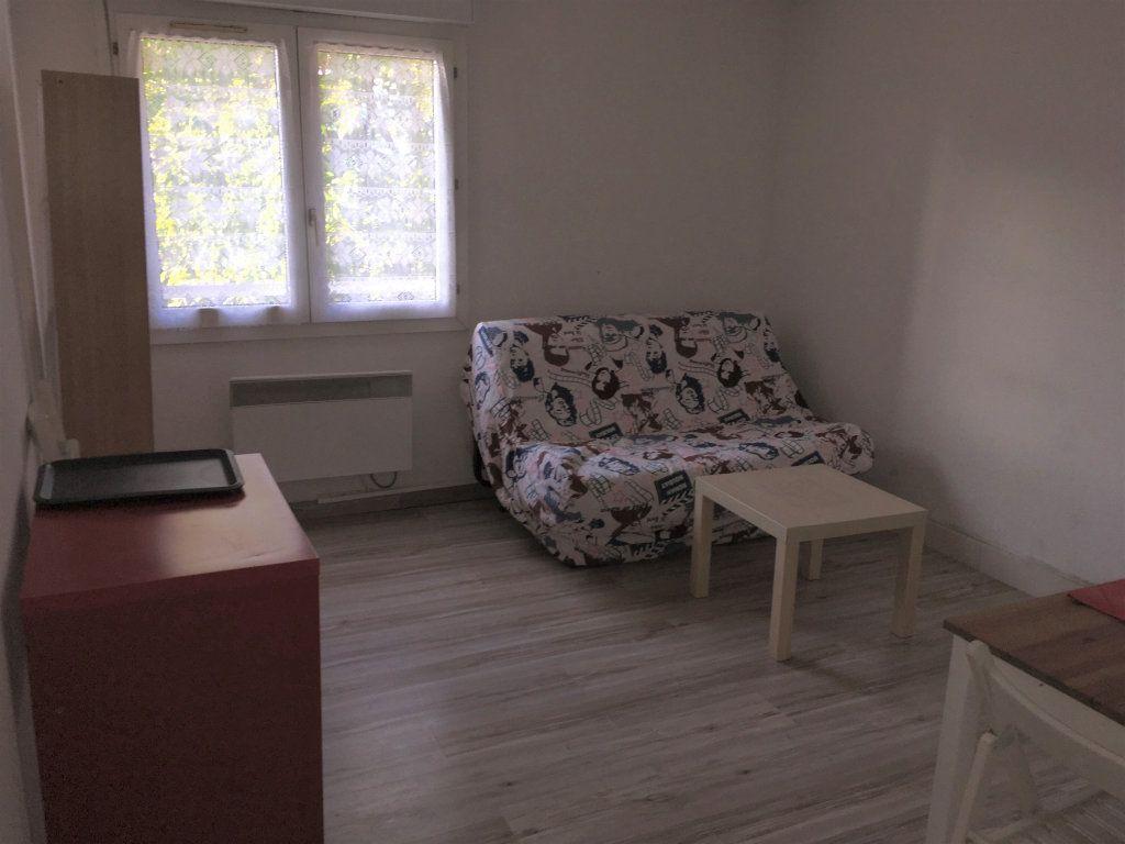 Appartement à louer 1 18.45m2 à Montpellier vignette-3