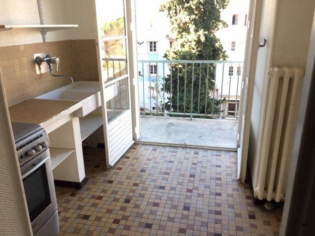 Appartement à louer 3 63m2 à Montpellier vignette-4