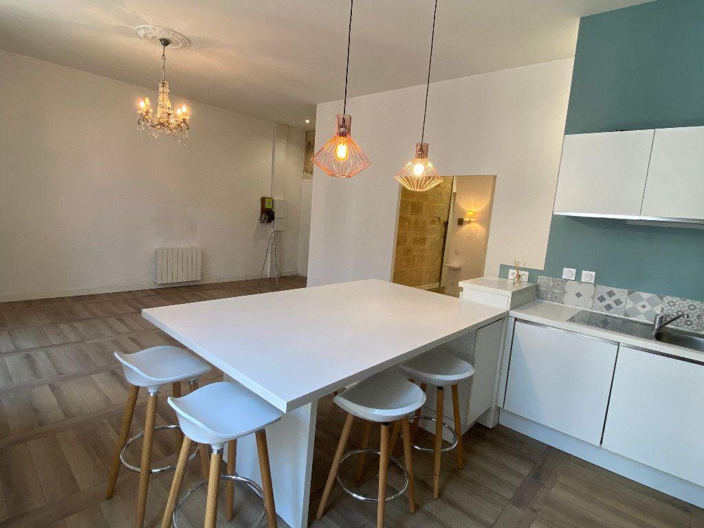 Appartement à louer 2 53m2 à Montpellier vignette-3