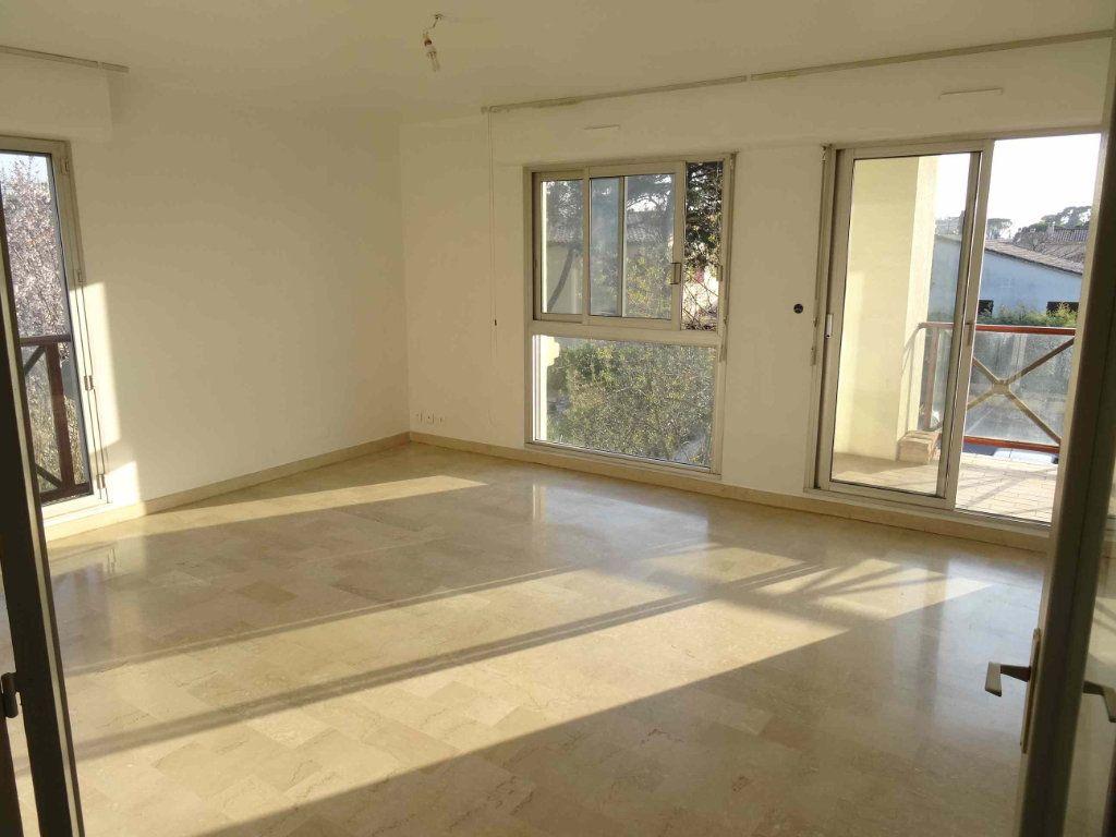 Appartement à louer 3 79m2 à Montpellier vignette-1