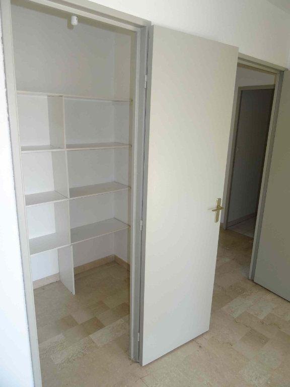 Appartement à louer 3 79m2 à Montpellier vignette-3