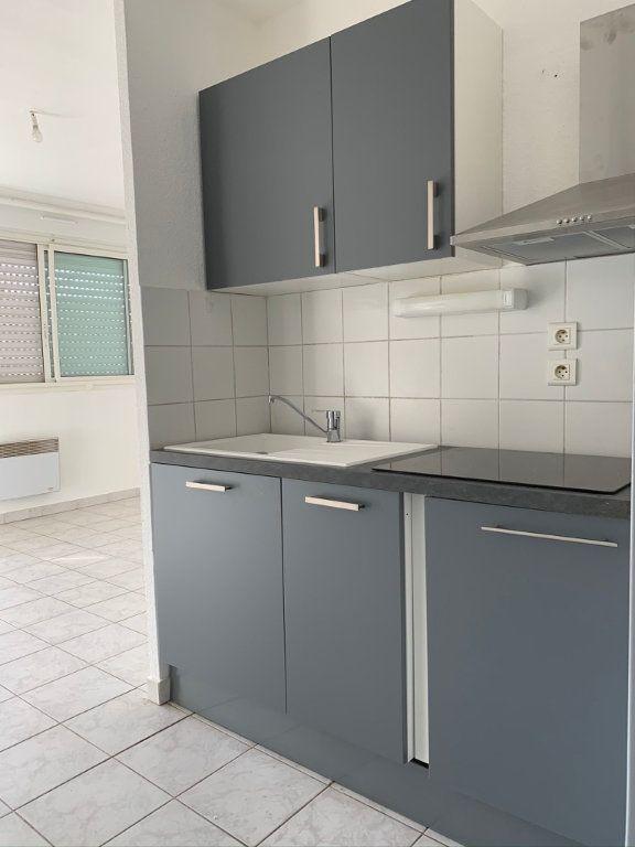 Appartement à louer 2 33.69m2 à Montpellier vignette-1