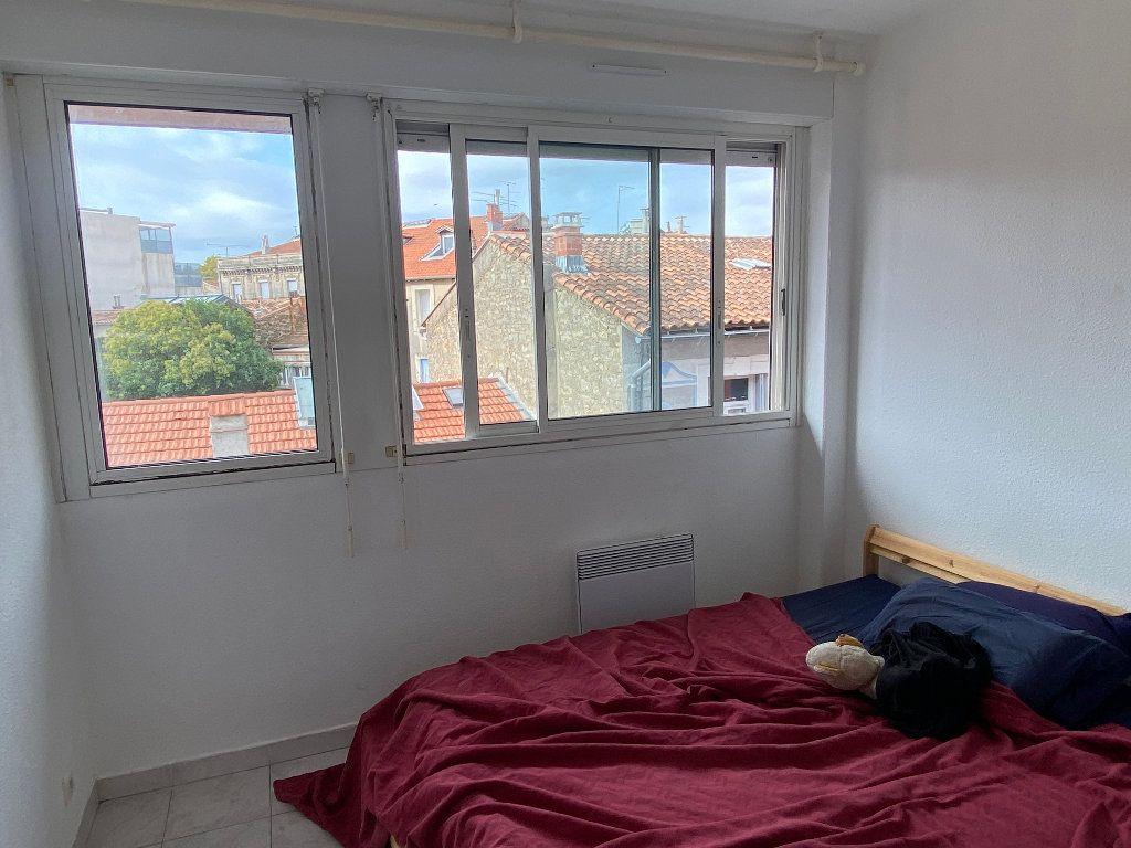 Appartement à louer 2 33.69m2 à Montpellier vignette-4