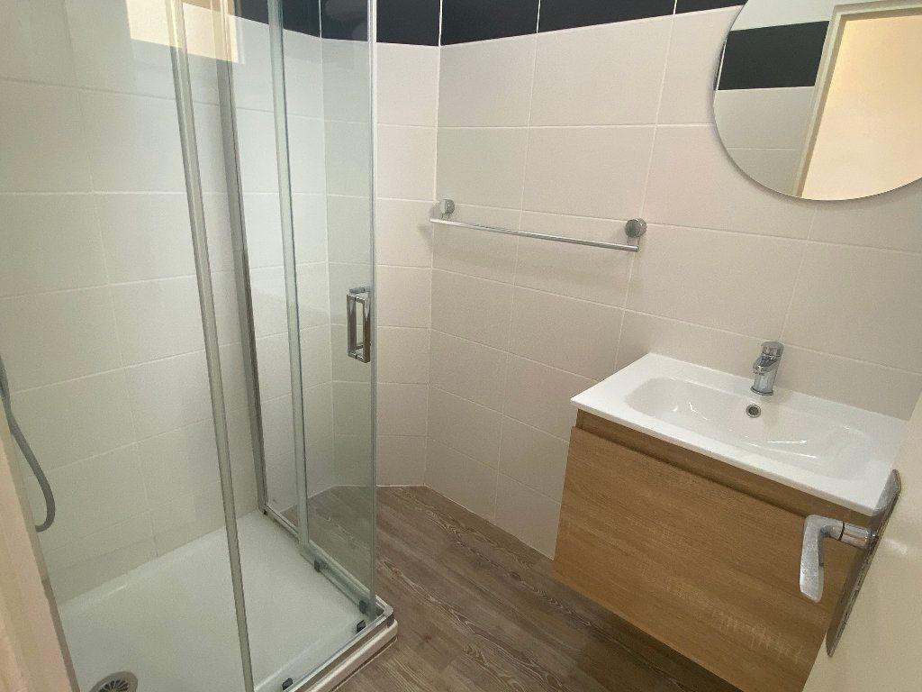 Appartement à louer 2 43.86m2 à Montpellier vignette-7