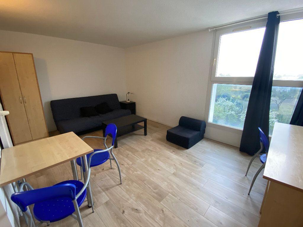 Appartement à louer 1 24m2 à Montpellier vignette-2